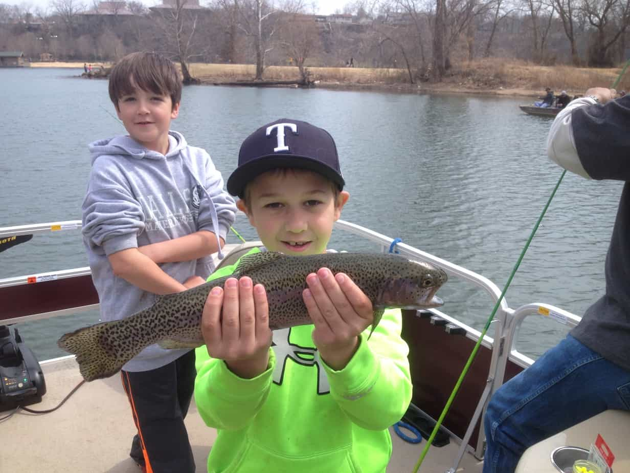 Branson lakes table rock lake lake taneycomo branson for Branson fishing guide